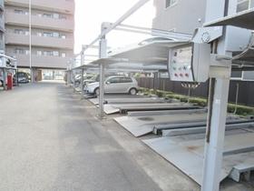 ライオンズマンション橋本第6駐車場