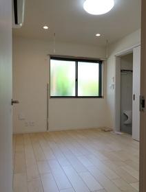 Bellvue 102号室