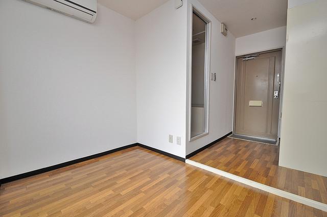 YOUハイム寿Ⅱ番館 明るいお部屋は風通しも良く、心地よい気分になります。
