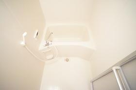 https://image.rentersnet.jp/7d85c05934867810793833de4a07f3fe_property_picture_956_large.jpg_cap_嬉しい追炊き付のお風呂です。