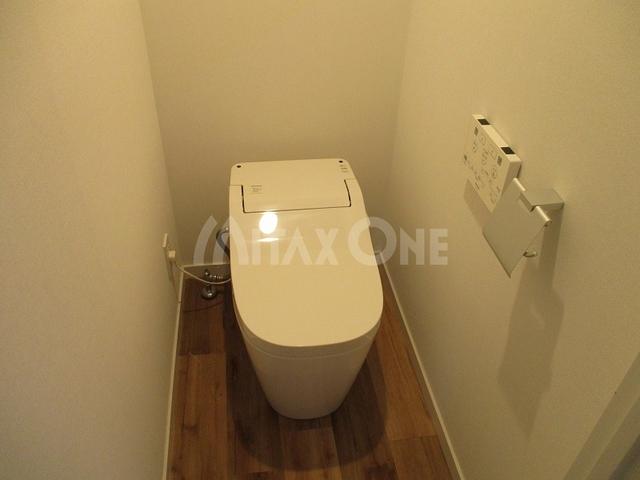 ロッソマットーネ(Rosso Mattone)トイレ
