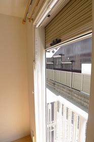 マリンロード多摩川 106号室