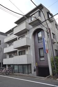 下北沢駅 徒歩12分エントランス