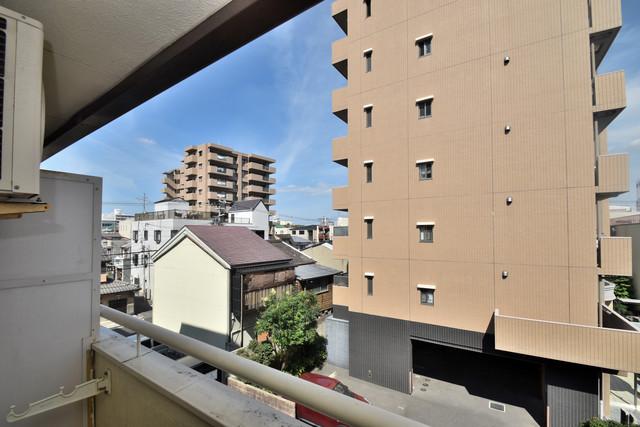 レスポワール バルコニーは眺めが良く、風通しも良い。癒される空間ですね。