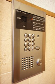 https://image.rentersnet.jp/7eb8b083e07a54489ac1172482e2ee19_property_picture_961_large.jpg_cap_オートロック