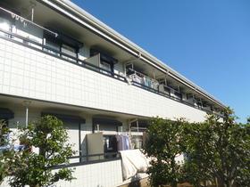 アゼリアガーデンB棟の外観画像