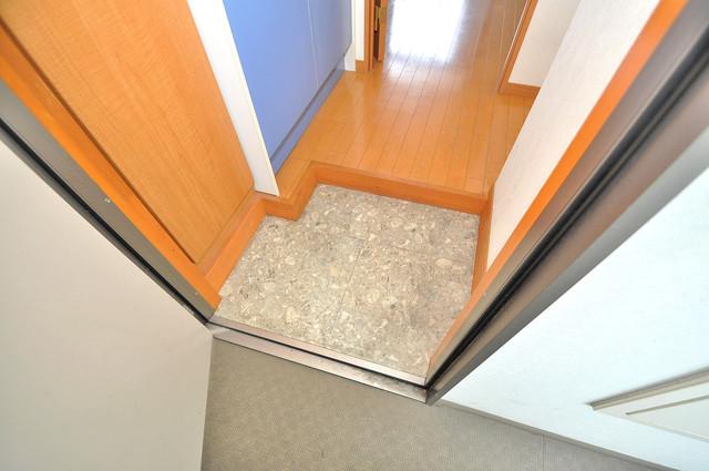 アドバンス俊徳 素敵な玄関は毎朝あなたを元気に送りだしてくれますよ。