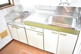 https://image.rentersnet.jp/7ee66682-12f4-4bf9-9827-ede11155c874_property_picture_953_large.jpg_cap_キッチン