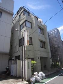 https://image.rentersnet.jp/7f2dbbd3-4864-4764-830a-373019042c0a_property_picture_961_large.jpg_cap_外観