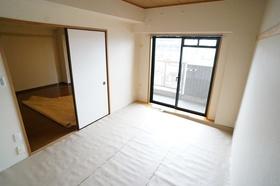 https://image.rentersnet.jp/7f35c430b0ccbdfef41bfd501270f8c7_property_picture_1800_large.jpg_cap_和室6.5帖