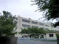 多摩市立多摩中学校