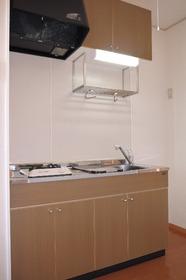 https://image.rentersnet.jp/7f844794-d8b4-46f7-ad68-160a53ca2f6b_property_picture_2419_large.jpg_cap_キッチン