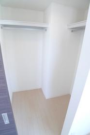 エストマノワール�U 302号室