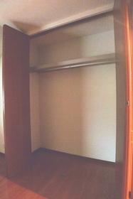 ベルズ 201号室