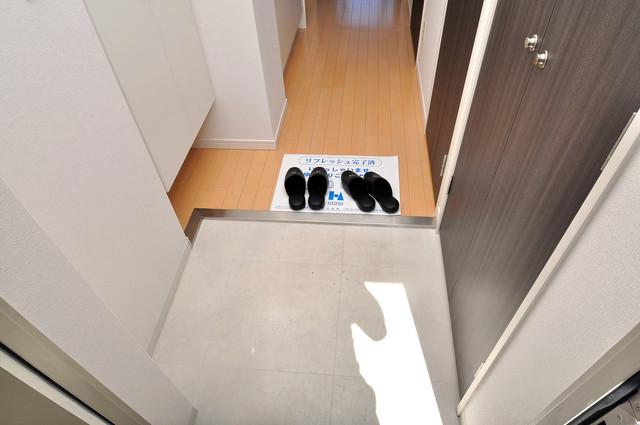 CASSIA高井田NorthCourt 素敵な玄関は毎朝あなたを元気に送りだしてくれますよ。