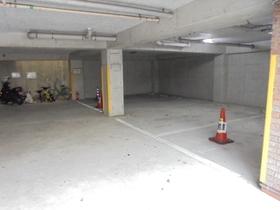 パインツリー港南台駐車場