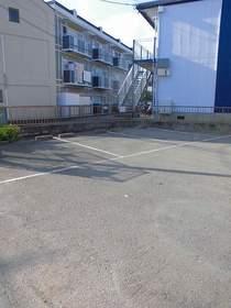 日吉本町駅 徒歩8分駐車場