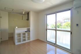 https://image.rentersnet.jp/8029cc25-0286-4c3f-b8ef-3d0e0911adac_property_picture_956_large.jpg_cap_居室