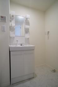 ☆独立先発洗面台・室内洗濯機置き場☆