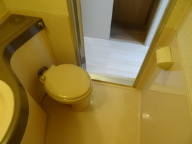 https://image.rentersnet.jp/80959eb3-b633-4692-a0cb-966405e542d8_property_picture_2418_large.jpg_cap_トイレ