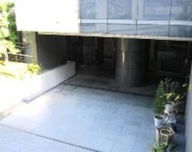 ファミールシティレジデンス駐車場