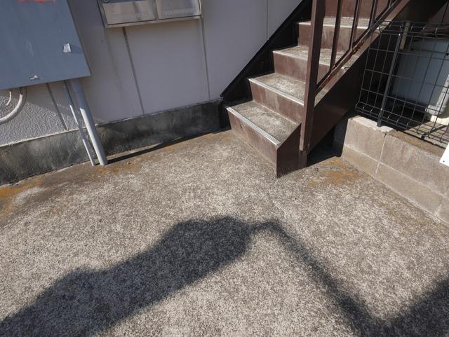 杉山ビルエントランス