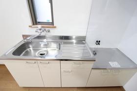 https://image.rentersnet.jp/80b33bad-bea8-4ce8-bda6-666e5168f320_property_picture_958_large.jpg_cap_キッチン