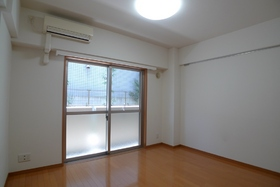 サンハイム蒲田 102号室