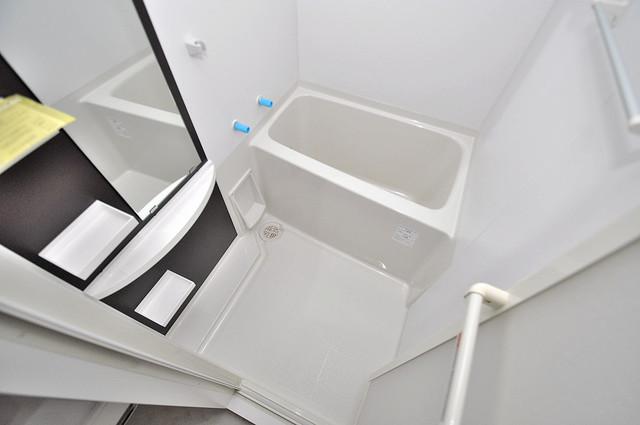 セレニテオズ北巽 足を伸ばして、ゆっくりできる大きなバスルームですよ。