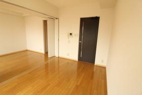 https://image.rentersnet.jp/81ba70a3-dd79-488c-aa75-727e440f72d7_property_picture_958_large.jpg_cap_居室