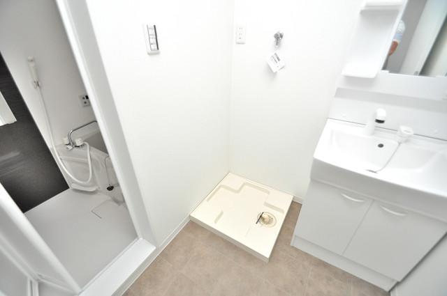 solana岸田堂 洗濯機置場が室内にあると本当に助かりますよね。
