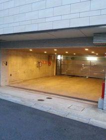 広尾駅 徒歩6分駐車場
