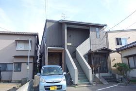 https://image.rentersnet.jp/826cf503-a881-43b4-957d-6aa8eba4f74b_property_picture_1992_large.jpg_cap_外観