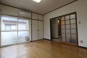https://image.rentersnet.jp/831ce6ee-b7fe-4725-a4cb-ec7a21aa4657_property_picture_958_large.jpg_cap_居室