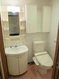 サンパティオサンアイパート9 102号室