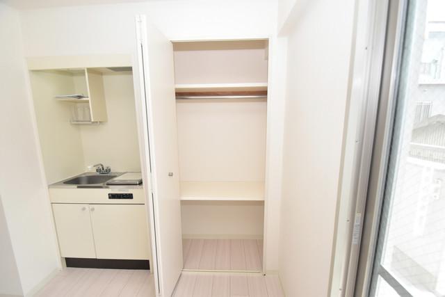 イスタナ・フセ もちろん収納スペースも確保。いたれりつくせりのお部屋です。