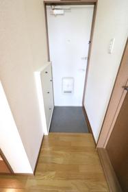 https://image.rentersnet.jp/8462787a-3023-4e9a-8c9d-ac05a3876983_property_picture_957_large.jpg_cap_玄関