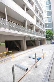 菱和パレス九段駐車場