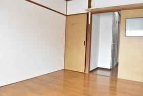 https://image.rentersnet.jp/84c73b5a-f282-4e95-856f-500e3452d0bb_property_picture_953_large.jpg_cap_居室