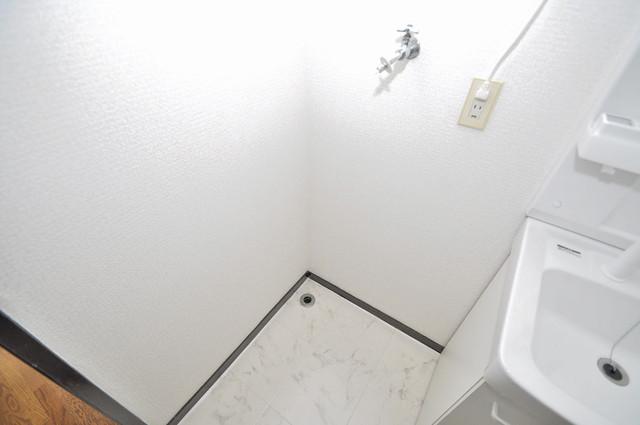 カメリア俊徳道 洗濯機置場が室内にあると本当に助かりますよね。