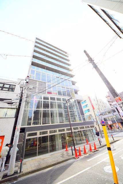 横浜翠葉BuildingIエントランス
