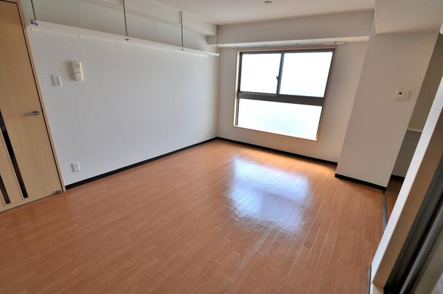 M'プラザ布施弐番館 明るいお部屋はゆったりとしていて、心地よい空間です