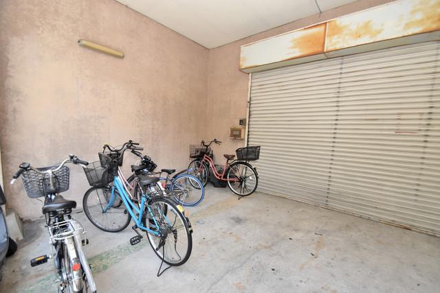 タナックマンション あなたの大事な自転車も安心してとめることができますね。