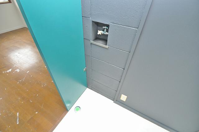 新星ビル上小阪 室内に洗濯機置き場があれば雨の日でも安心ですね。