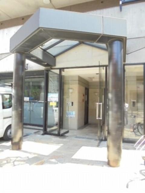 上大岡駅 徒歩10分エントランス