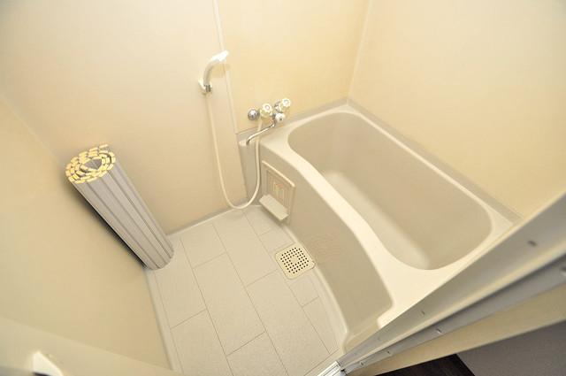 エンゼルハイツ小阪本町 ゆったりと入るなら、やっぱりトイレとは別々が嬉しいですよね。