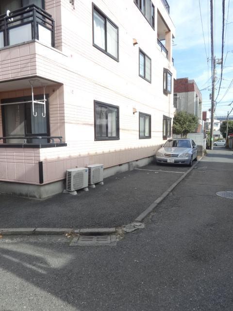 ルミエール駐車場