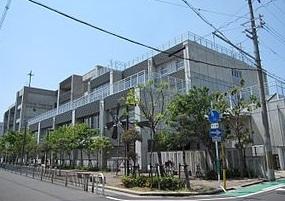 新湊小学校