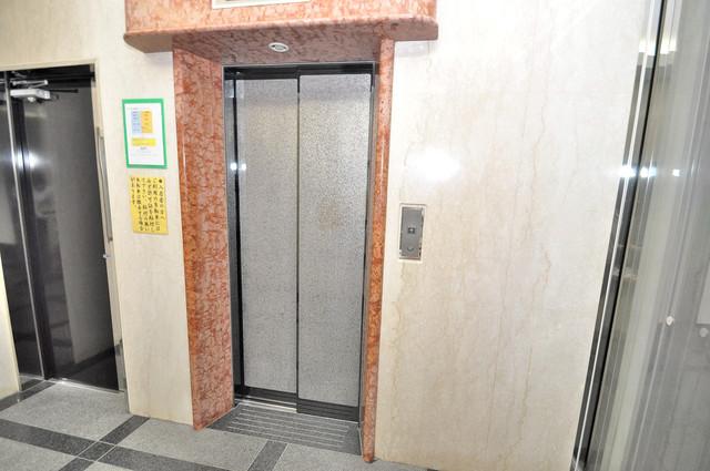 ステーブル荒木 嬉しい事にエレベーターがあります。重い荷物を持っていても安心