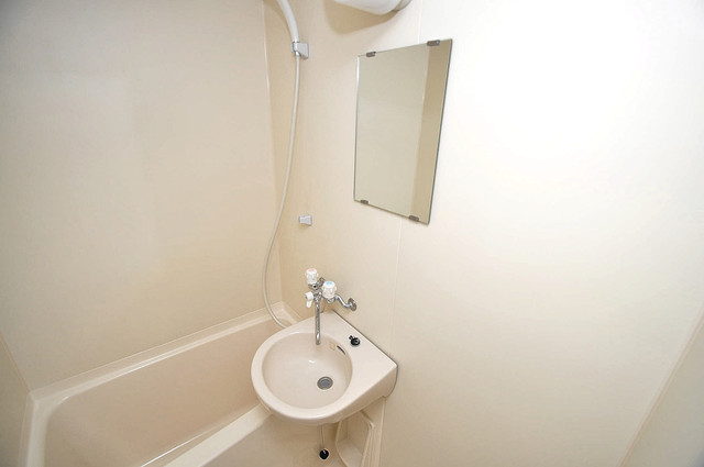 グランミサ公園前 可愛いいサイズの洗面台ですが、機能性はすごいんですよ。